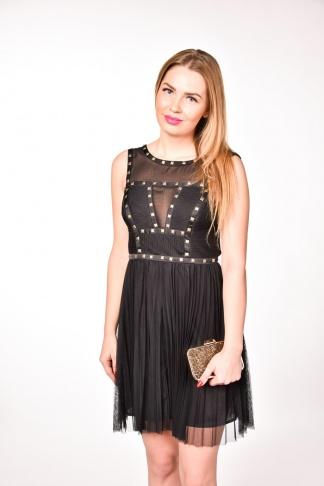 obrázok 1 Warehouse čierne plisované šaty s vybíjanými detailmi