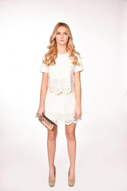 obrázok 4 Dvojdielne šaty s ozdobným okrajom