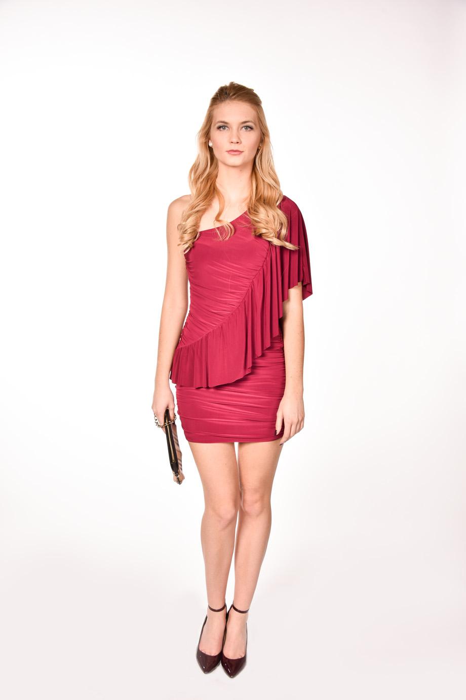 bb443d91c542 obrázok 4 ASOS červené šaty s volánom na jedno rameno