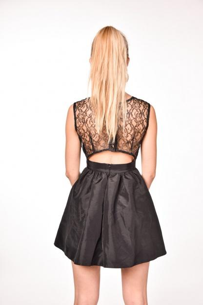 obrázok 3 Čierne koktejlové mini šaty
