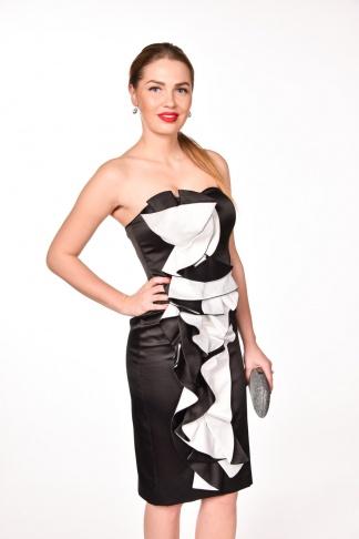 obrázok 1 Čierno-biele spoločenské šaty