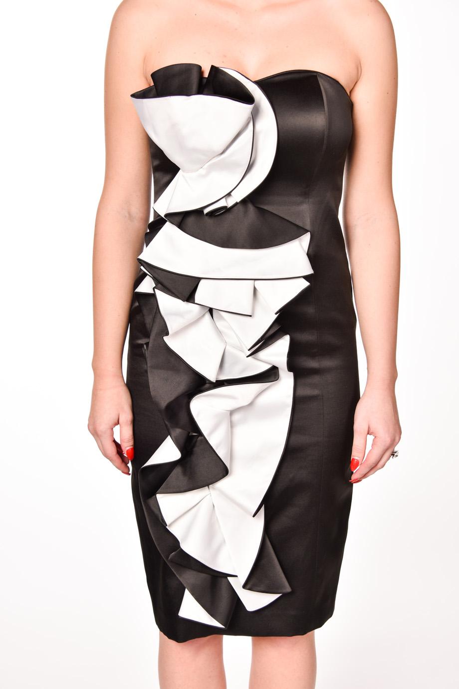 25f440c30a23 obrázok 3 Čierno-biele spoločenské šaty