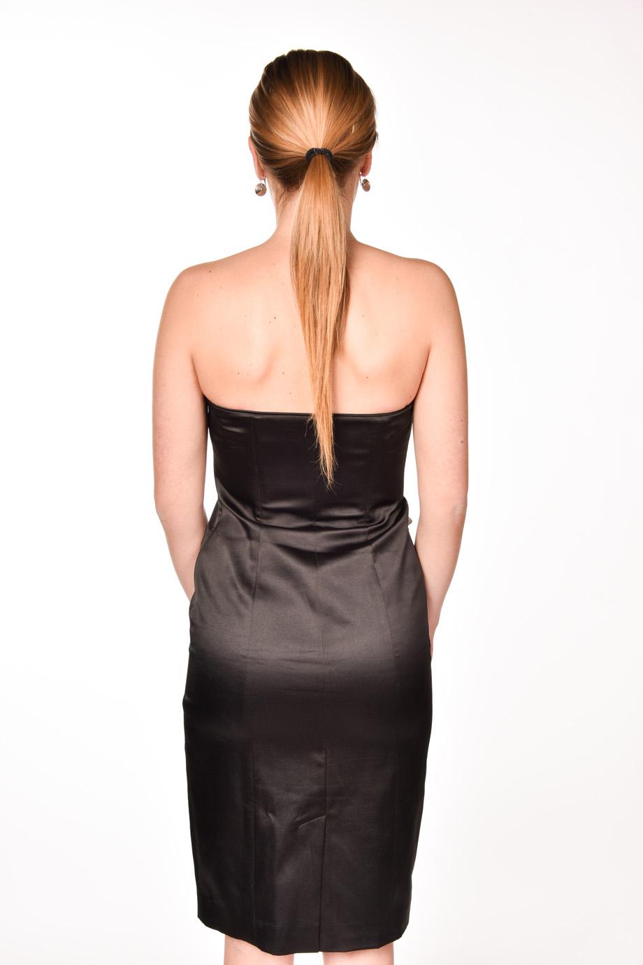 4439a1bc7b6f obrázok 2 Čierno-biele spoločenské šaty
