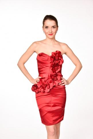 obrázok 1 LIPSY červené kvetované šaty bez ramienok