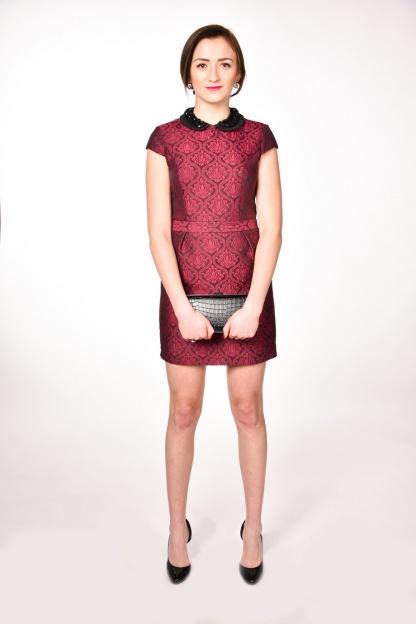 obrázok 4 Warehouse bordové šaty s golierom