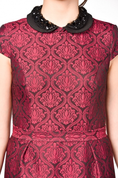 obrázok 3 Warehouse bordové šaty s golierom
