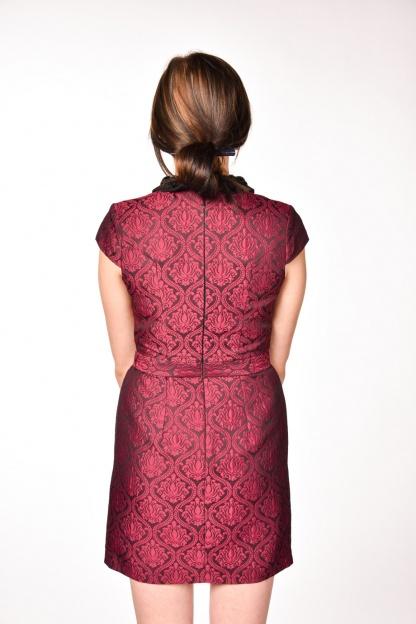 obrázok 2 Warehouse bordové šaty s golierom