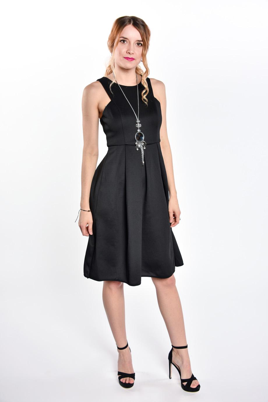obrázok 4 Čierne koktejlové midi šaty c97da3c5e55