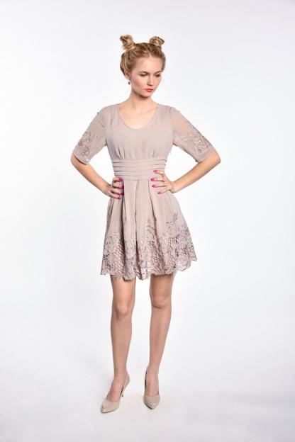 obrázok 4 Chicwish sivé šaty s rukávom