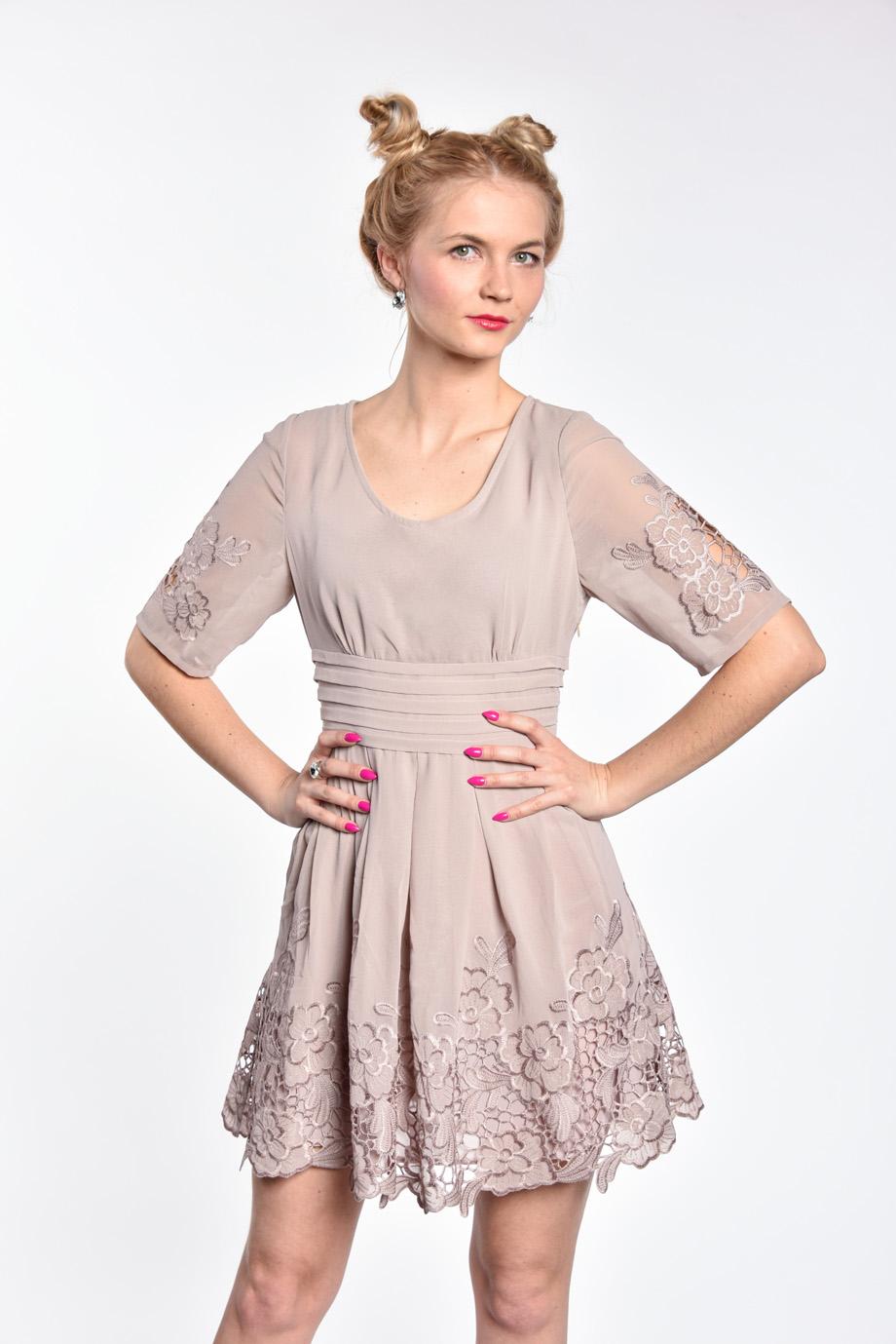 020b56d044ed obrázok 1 Chicwish sivé šaty s rukávom