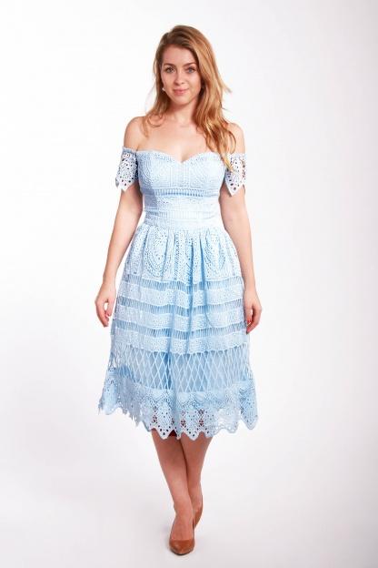 obrázok 4 Chi-Chi London bledomodré čipkované šaty