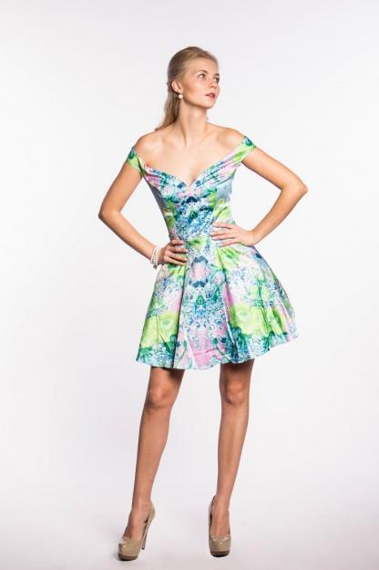 obrázok 5 ASOS dúhované šaty na ramená