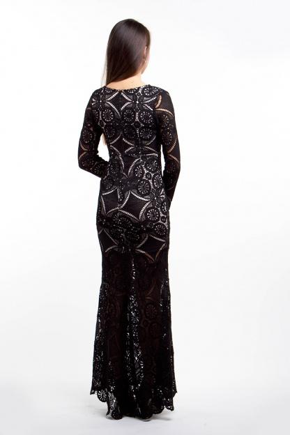 obrázok 3 Čierne dlhé čipkované šaty