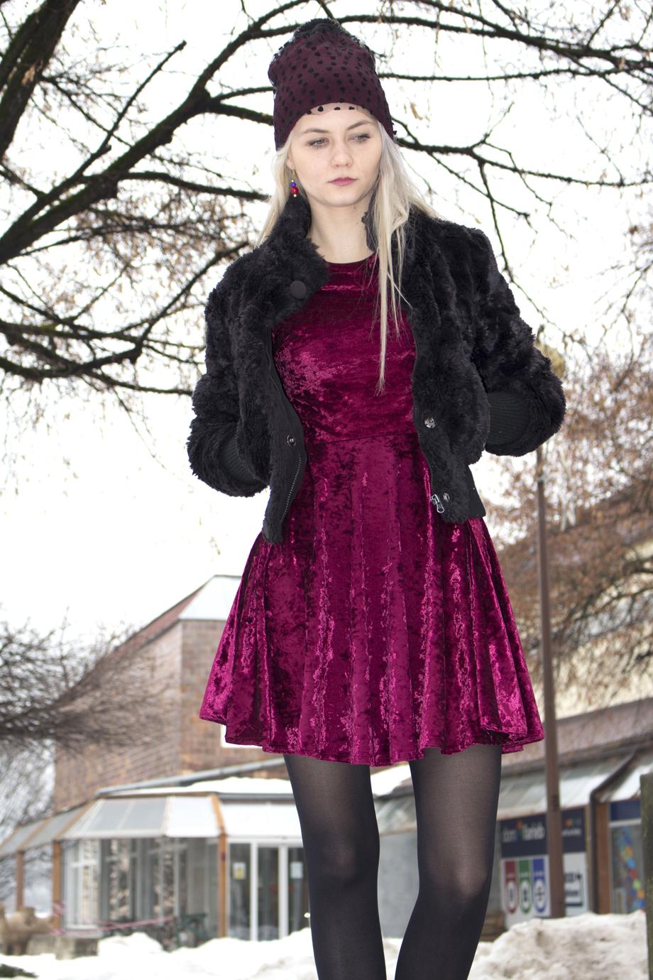 ade2f3bacbfd obrázok 2 Ako nosiť šaty aj v zime