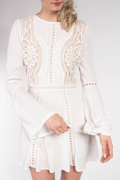obrázok 3 Chicwish biele letné mini šaty so zvonovými rukávmi
