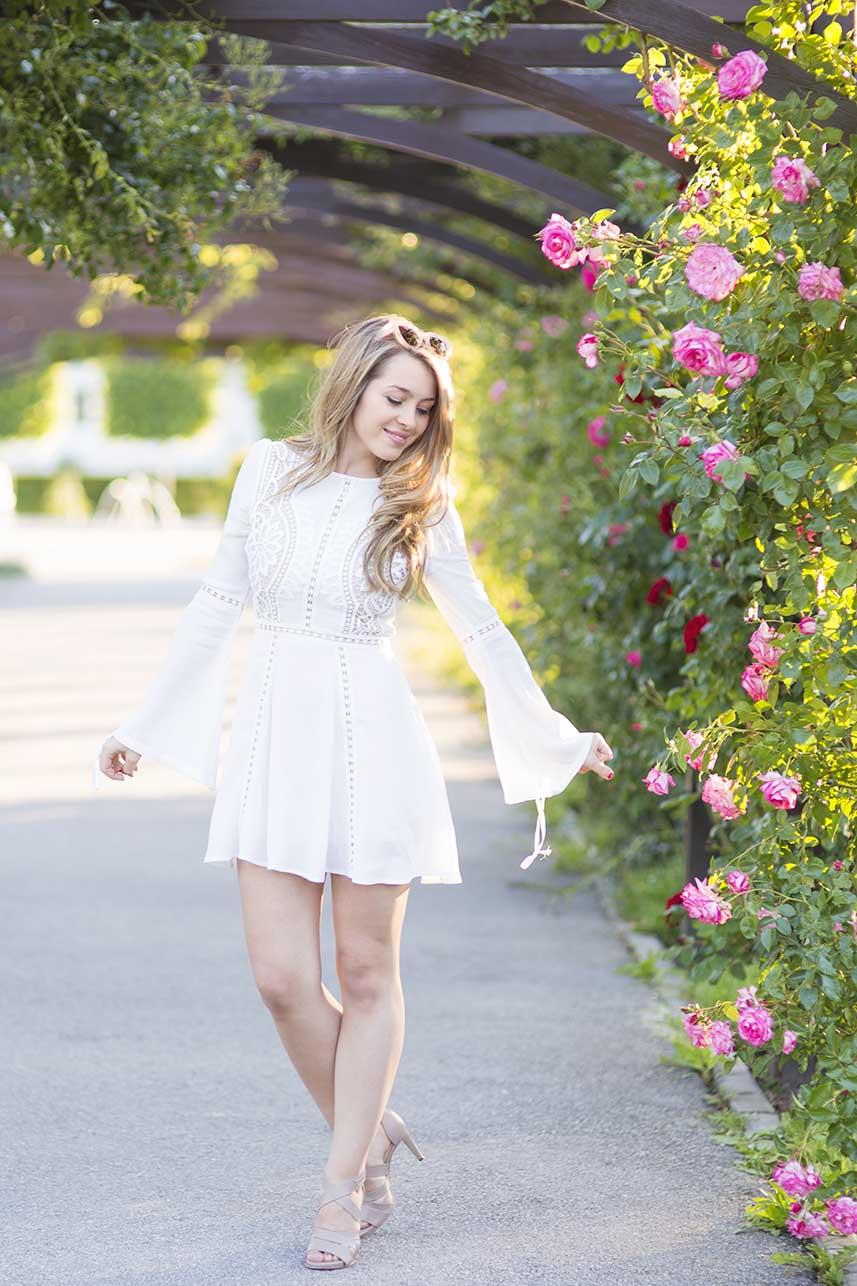 obrázok 2 biele letné šaty