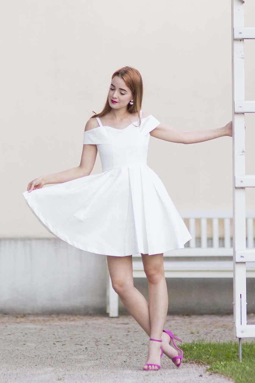 obrázok 6 biele letné šaty