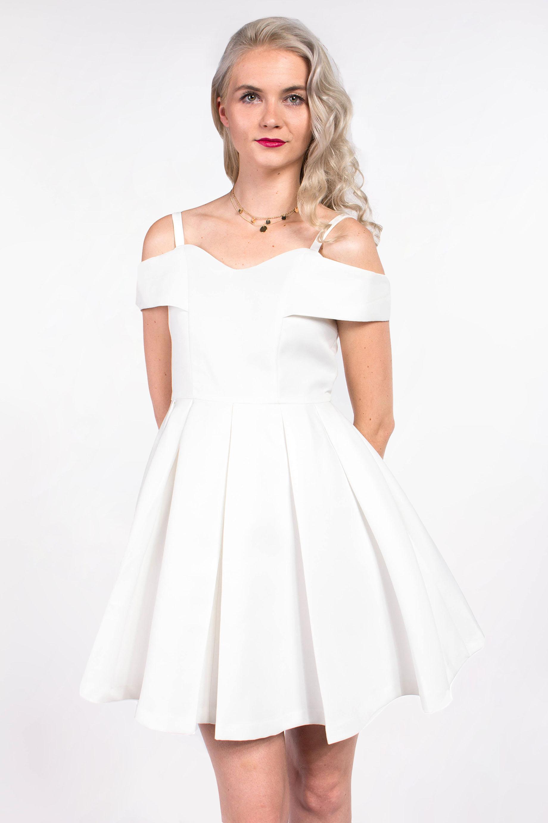3acca00f5b21 obrázok 1 Chicwish biele mini šaty