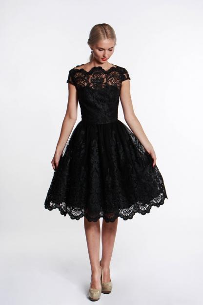 obrázok 5 Chi-Chi London čierne čipkované šaty