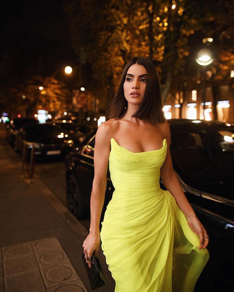 obrázok 4 šaty parížsky týždeň módy