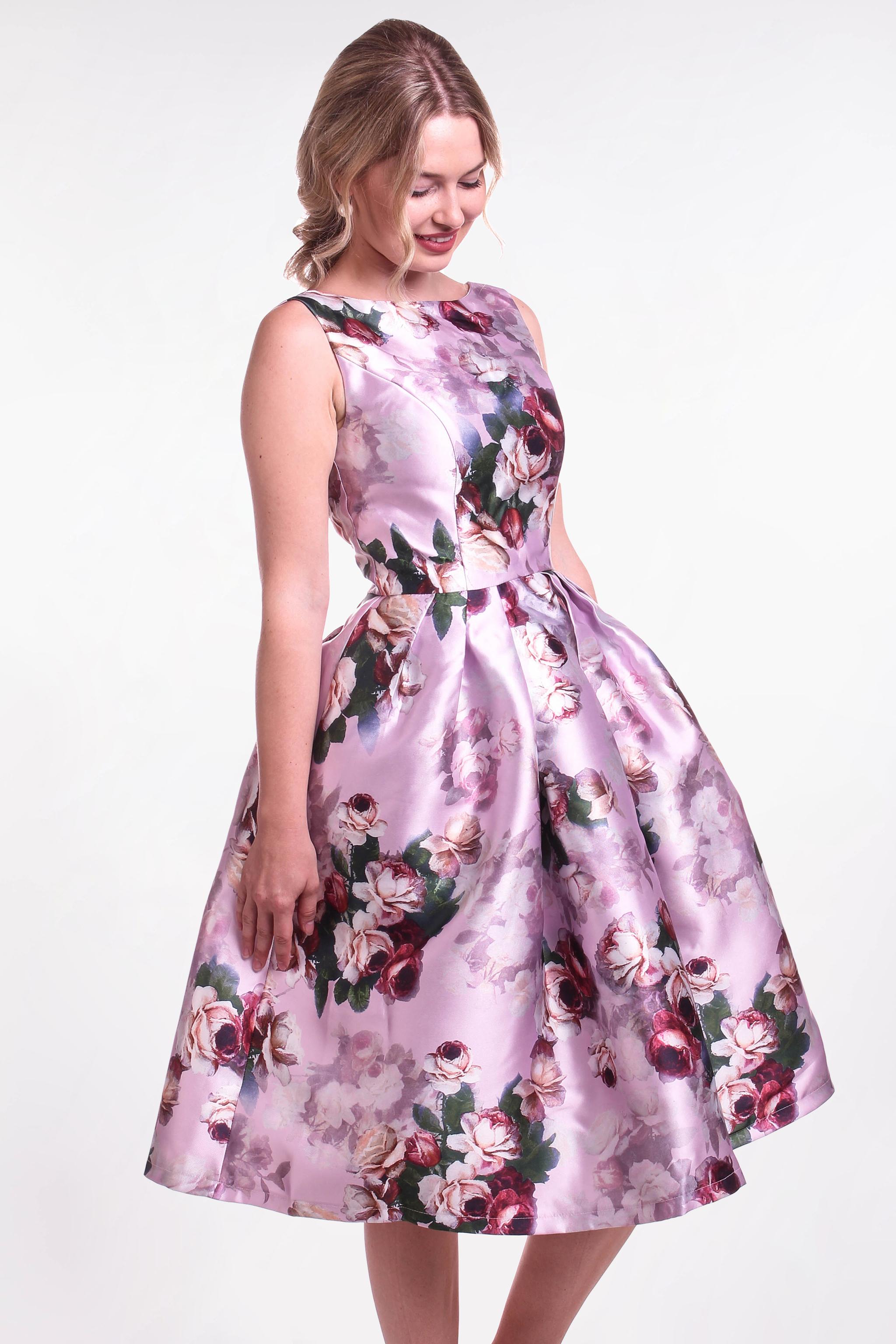 Chi-Chi London kvetované šaty (požičanie) - Shaty 25974a5bfe0