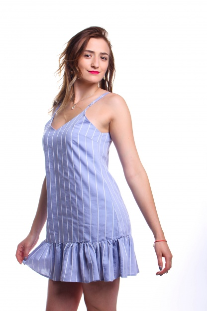 Obrázok 4 New Look modré šaty s volánom