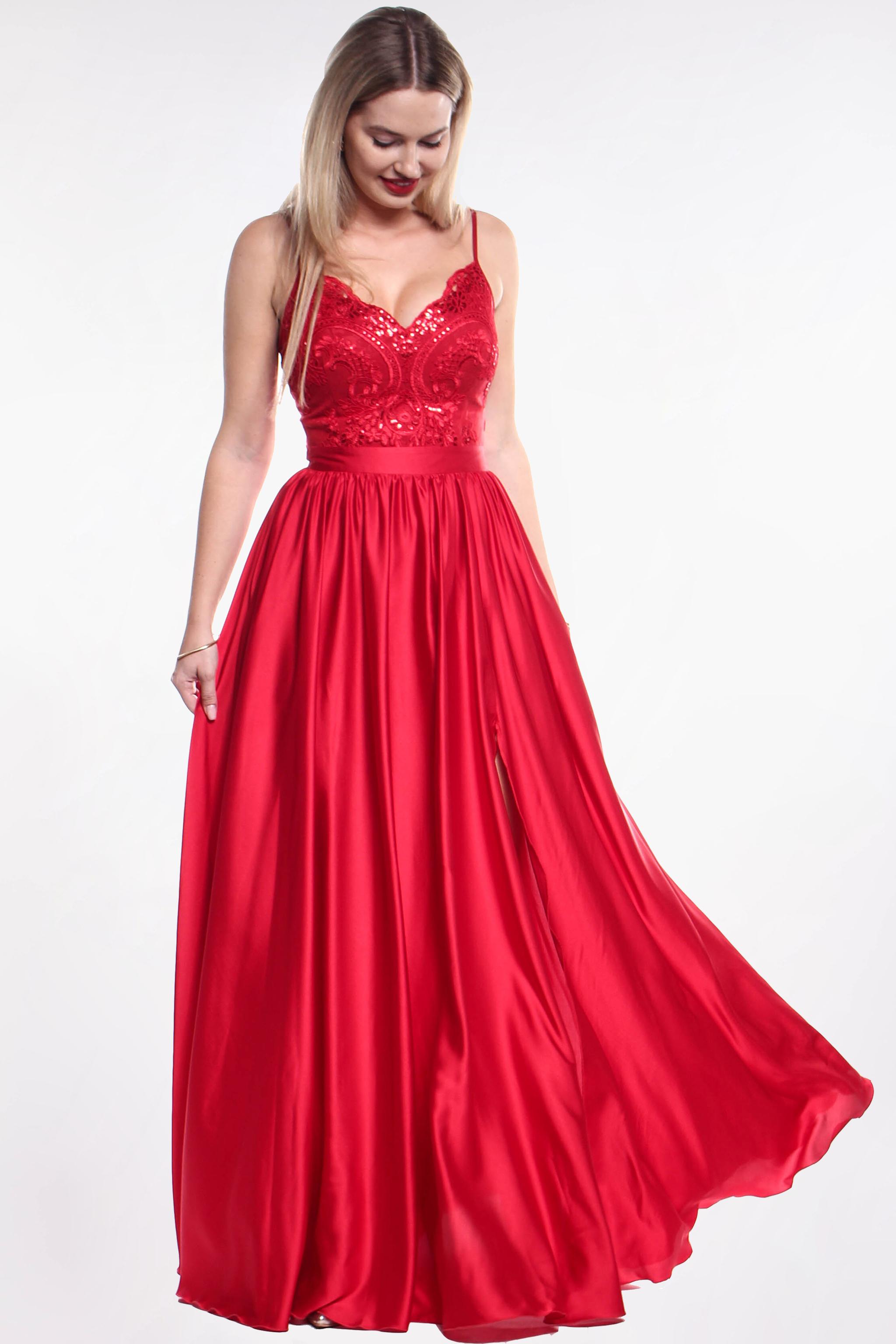 0e603b93ed51 Červené plesové šaty (požičanie) - Shaty
