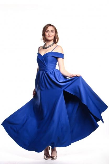 Obrázok 3 Modré plesové šaty