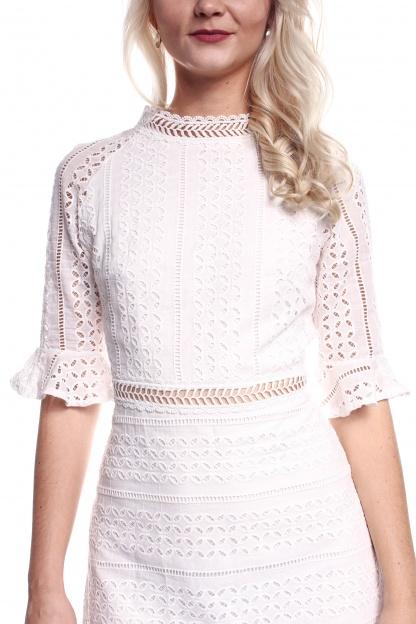 Obrázok 4 Biele háčkované mini šaty