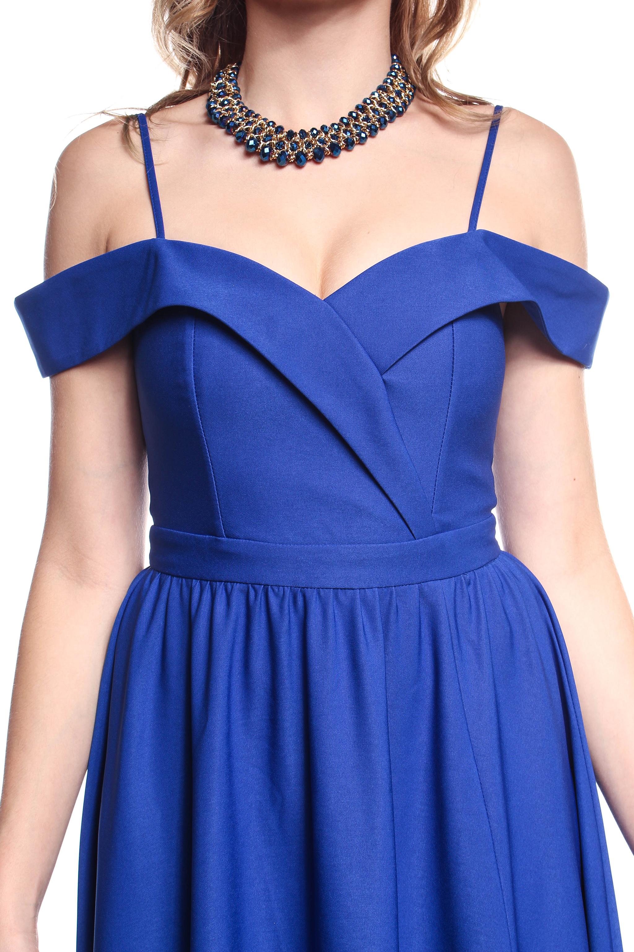 d4d5b1d1c Obrázok 4 Modré plesové šaty