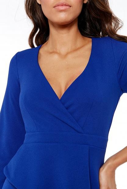 Obrázok 3 Modré šaty svolánom