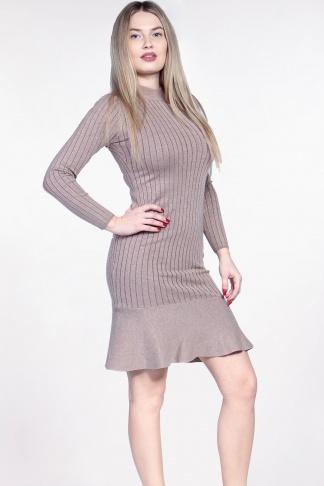 Obrázok 1 Béžové svetrové šaty