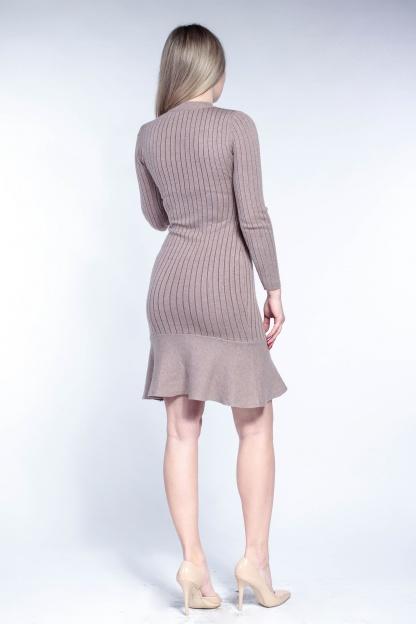 Obrázok 2 Béžové svetrové šaty